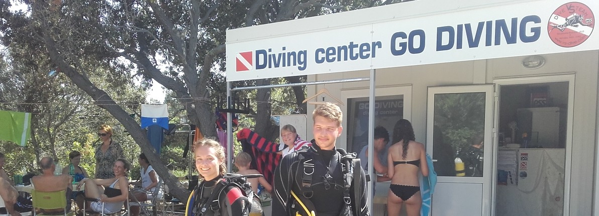 GO DIVING Diving Center
